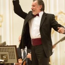Владимир Павлович Попов и Государственный Русский концертный оркестр Санкт-Петербурга